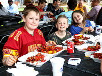 La Louisianne Crawfish Boil